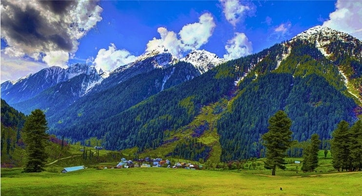 Aru Valley in Kashmir