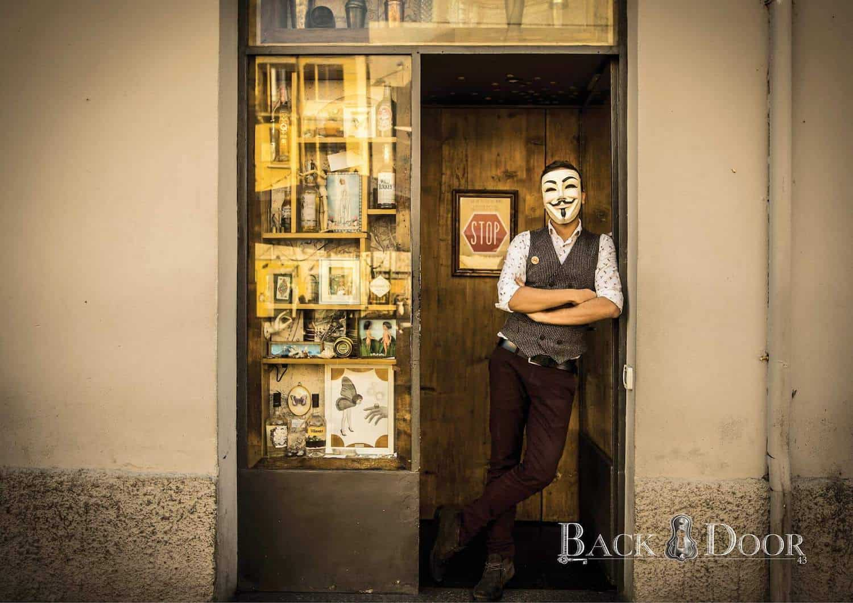 Backdoor 43, Milano