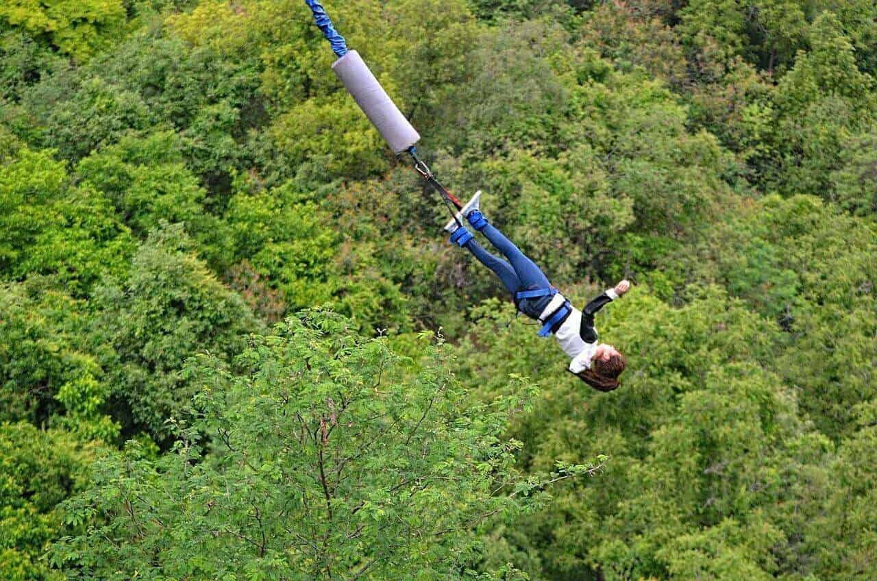 Bungee jumping - Rishikesh India