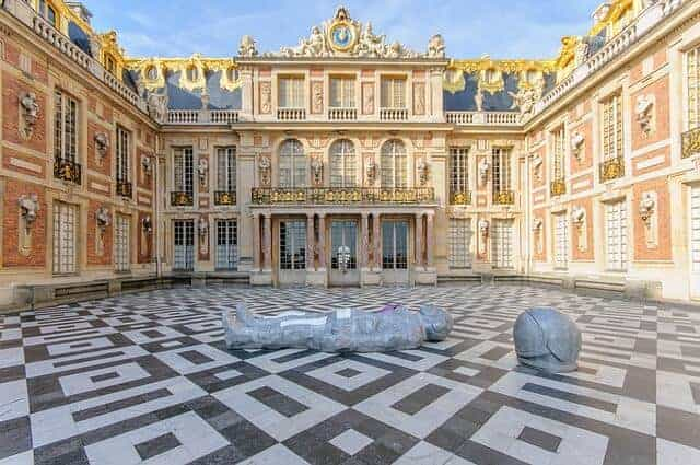Chateau-de-Versailles Travel Guide