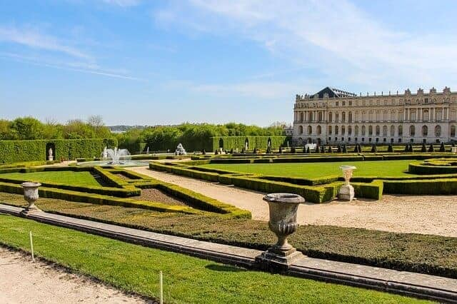 Gardens-at-Chateau de Versailles