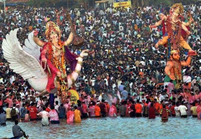 Immersion of Ganesh idols in Mumbai
