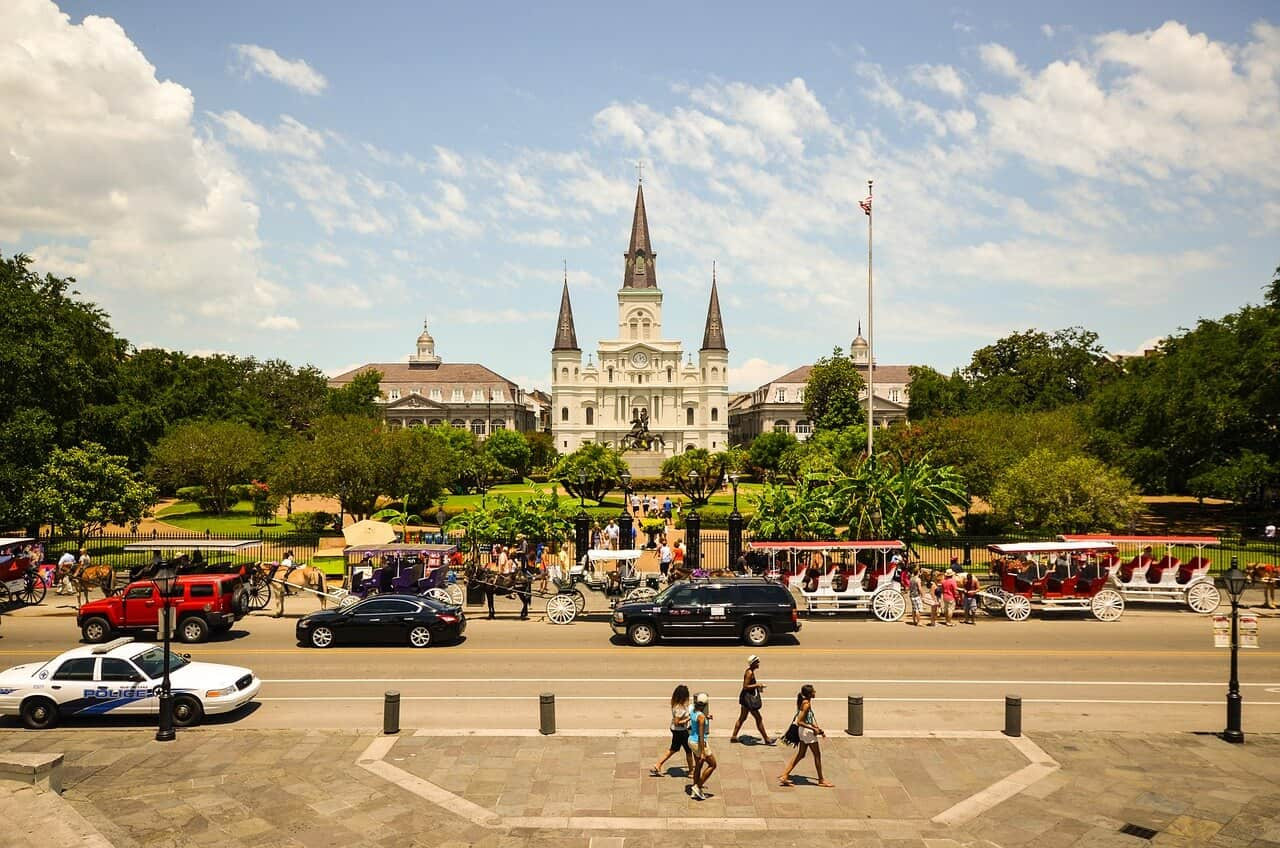 Jackson-square-New-Orleans-USA (1)