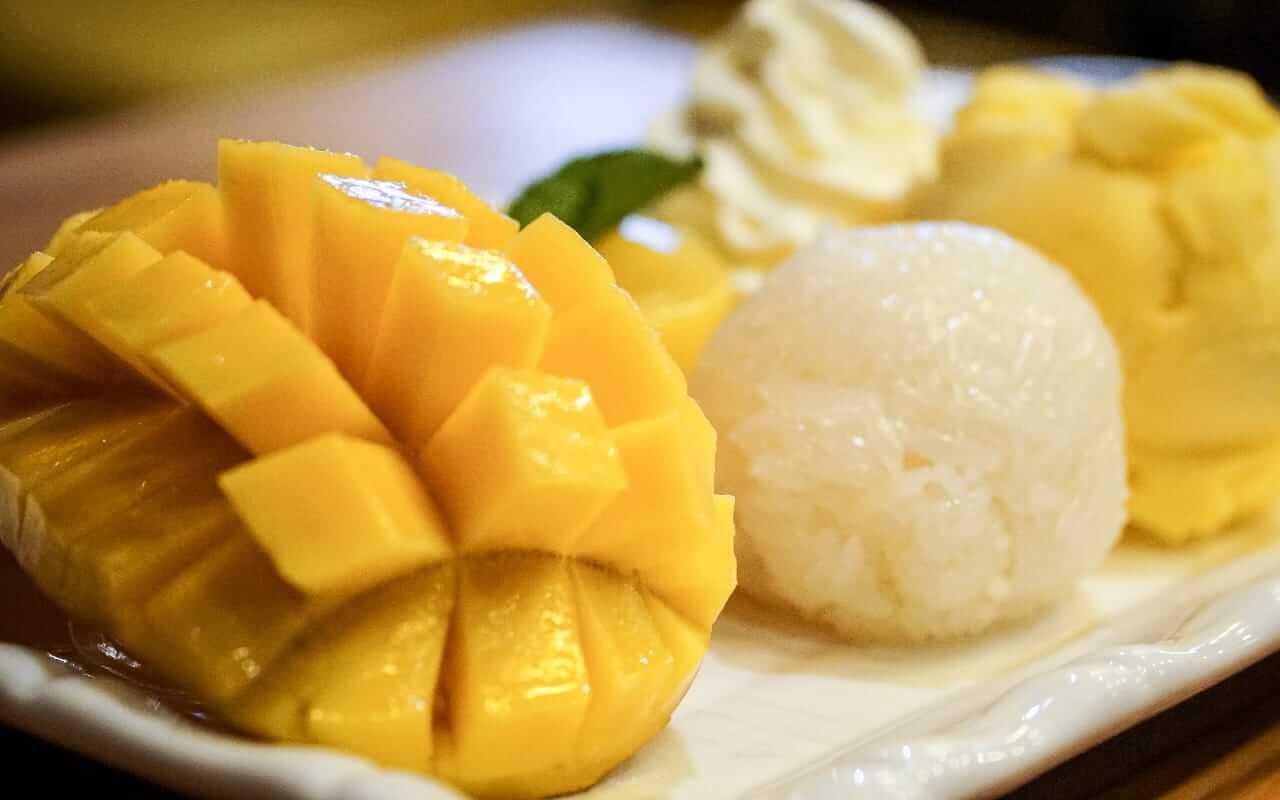 Khao Niao Mamuang (Mango Sticky Rice)