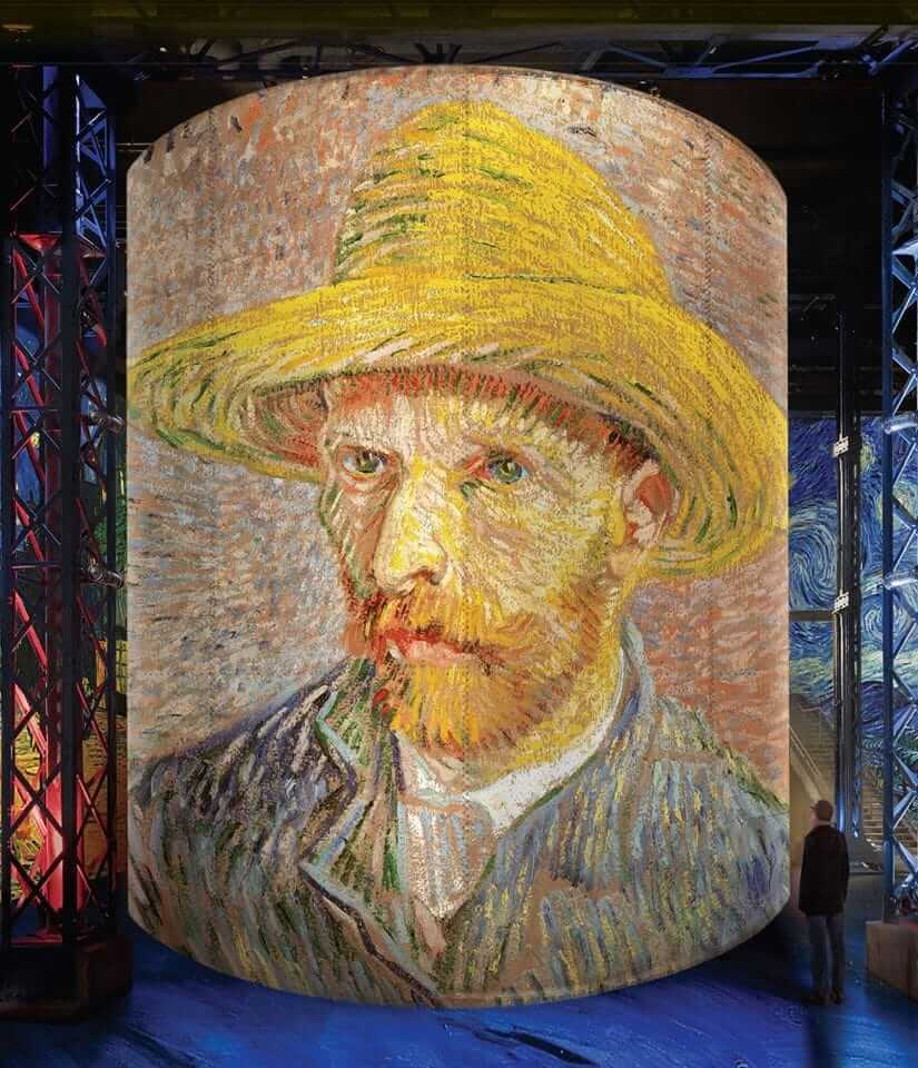 L'Atelier des Lumières - Best Museums in Paris