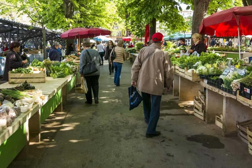 Local-food-market