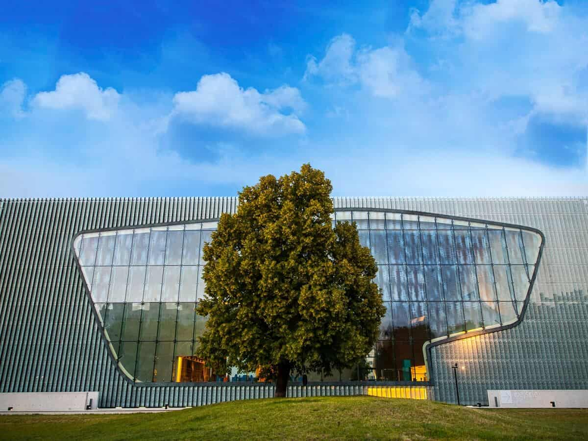 POLIN-Museum-of-the-History-of-Polish-Jews
