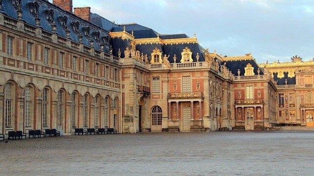 Palace - Chateau de Versailles Travel Guide