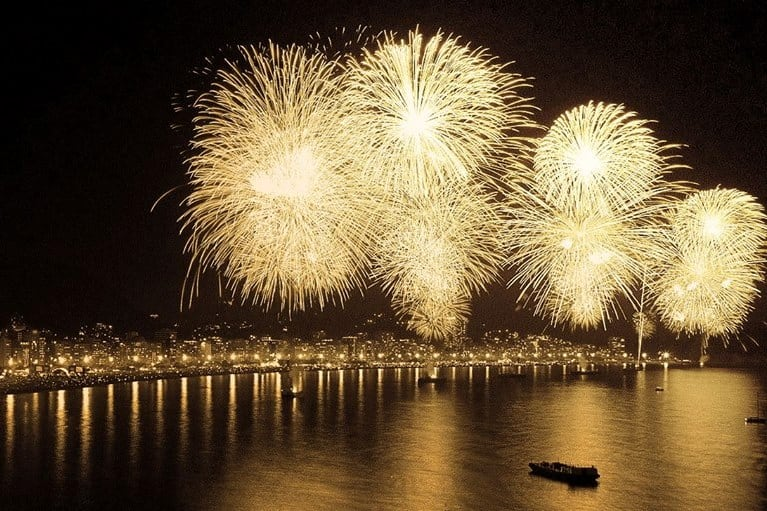 Rio-de-Janeiro-new-years-fireworks