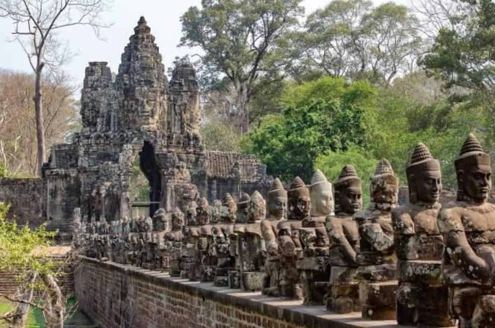 Guide to visit Angkor Wat