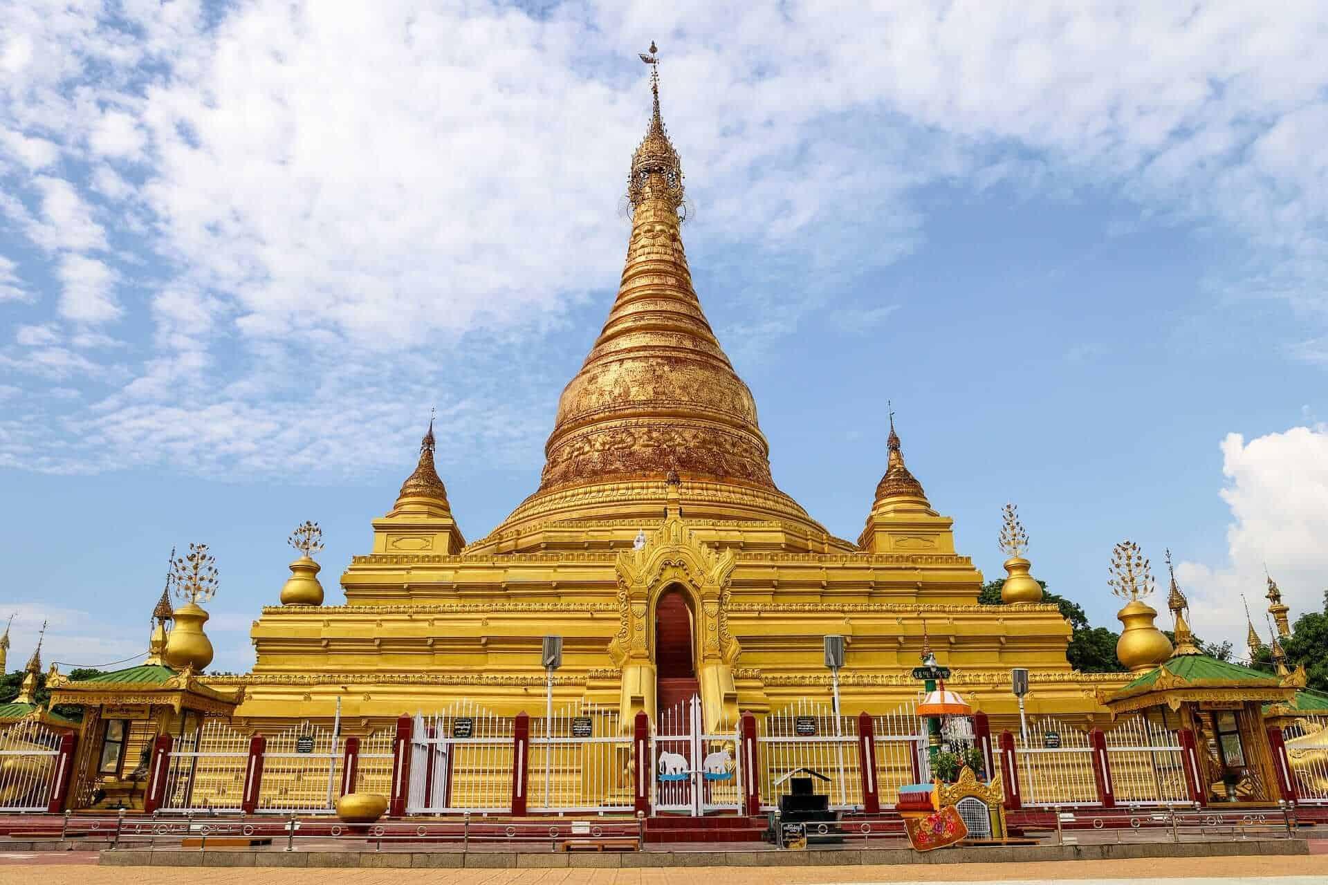 Shwedagon Pagoda, Yangon, Myanamr ( Burma)