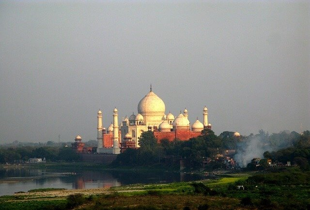 Taj-Mahal-Pics-Taj-from-Agra-Fort