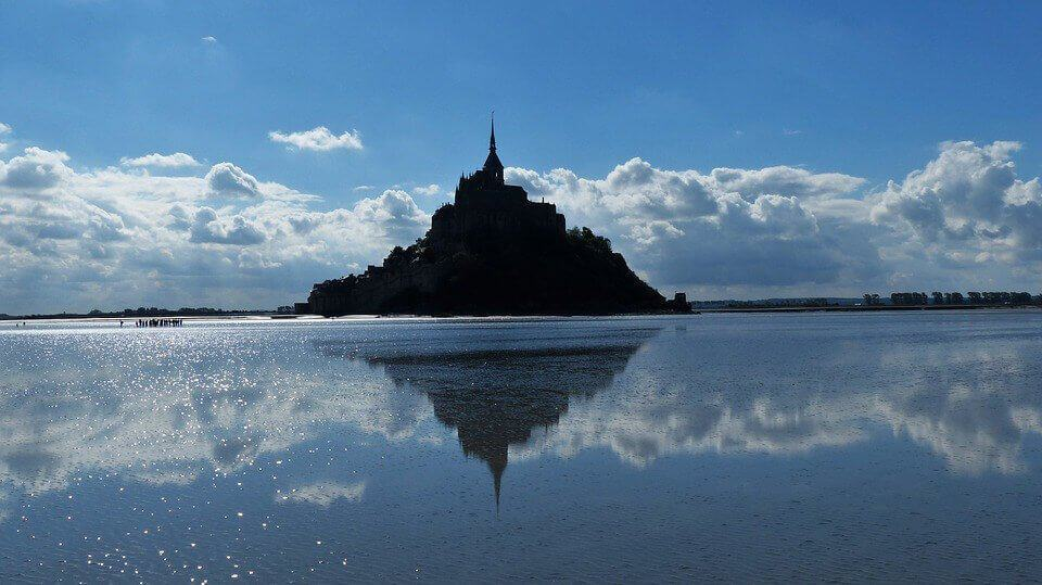 Tides at Mont Saint Michel
