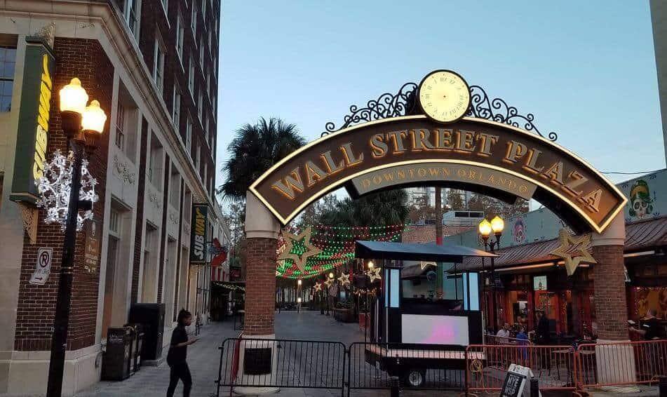 Wall Street Plaza , Orlando