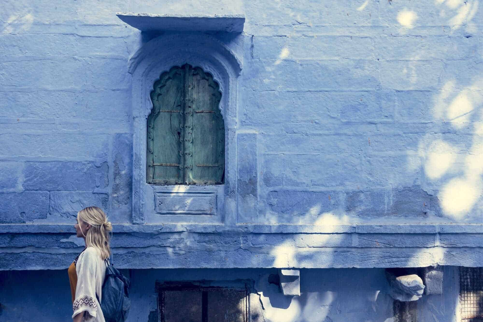 Western woman exploring the blue city of Jodhpur