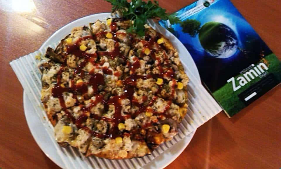 Zamin-vegan-resto-pizza-img-tehran-iran