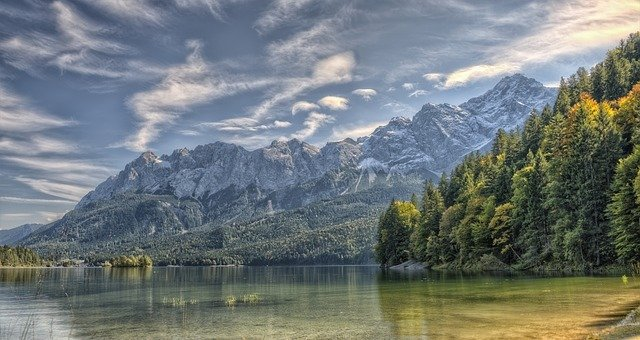 a-gorgeous-view-of-the-alps
