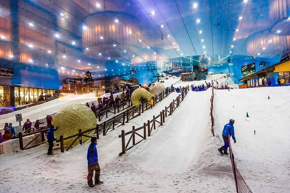 Skiing in the warm weather? It's possible in Dubai!