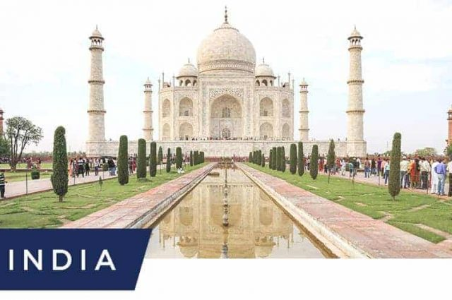 reasons-why-you-should-visit-the-Taj-Mahal-once-in-your-lifetime