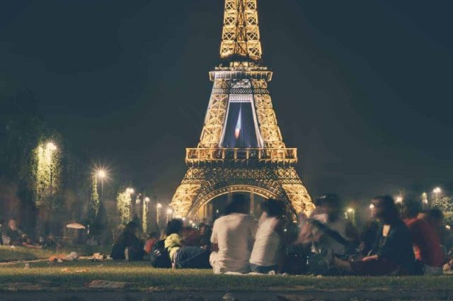 enjoy Paris like a local