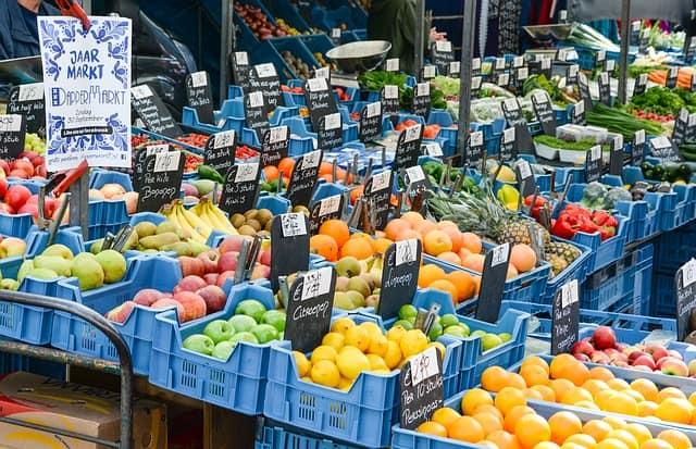fresh-vegetables-at-market