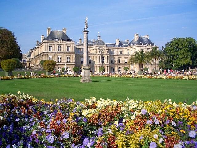 jardin-du-luxembourg-Paris travel cheap in France