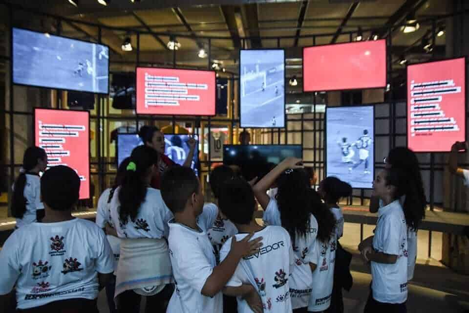 kids at museo-do-futebol-saopaulo-brazil