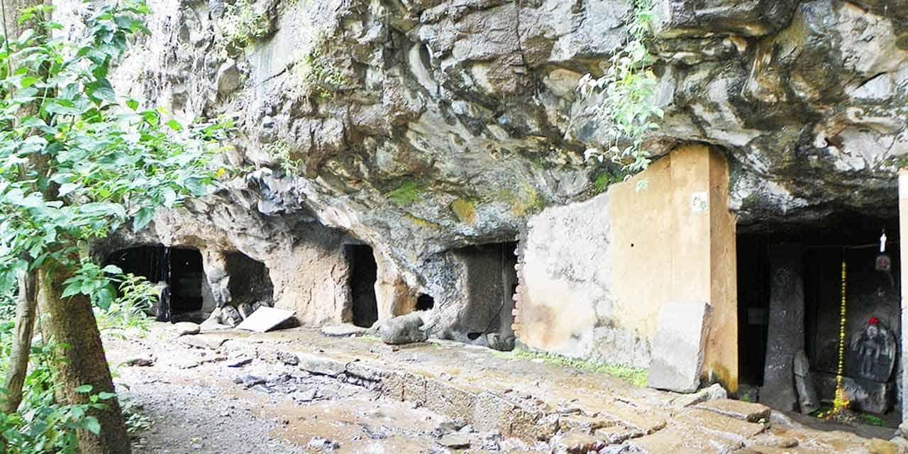 rajpuri-caves-panchgani-Maharashtra-India