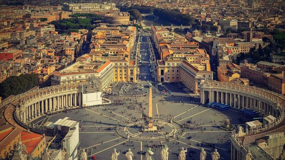 st-peter's-square-vatican-rome-italy