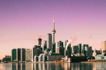 what to do in a Toronto layover