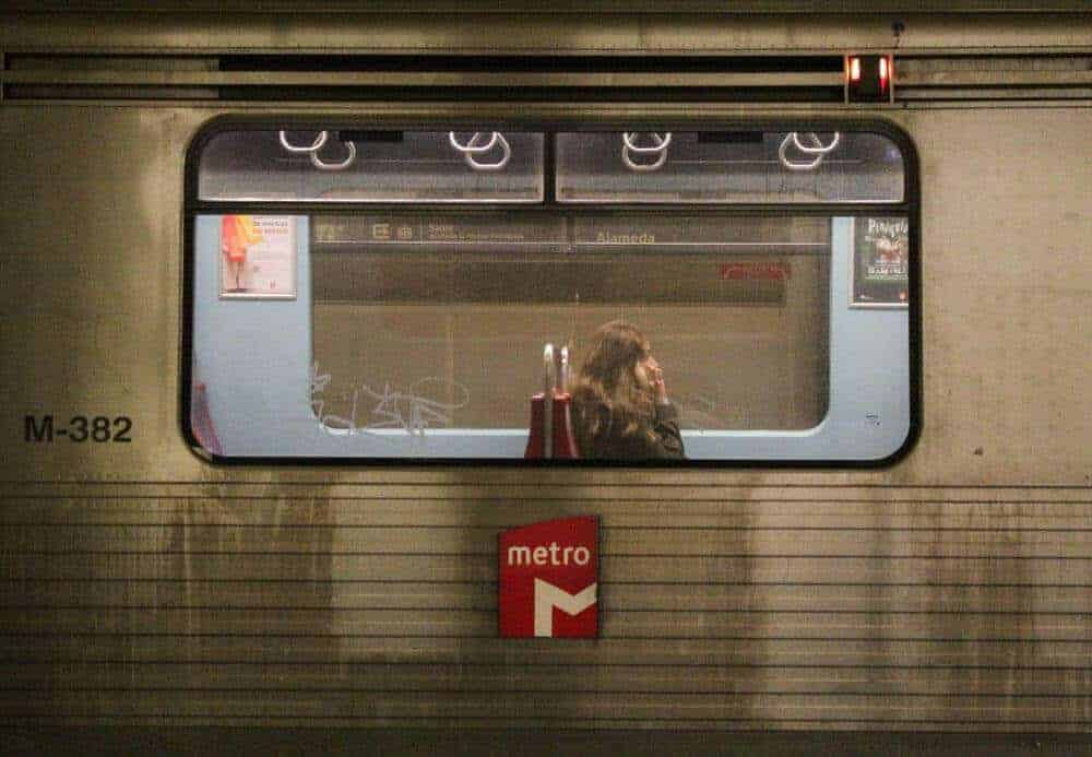using-public-transportation-when-traveling-talk-travel-app
