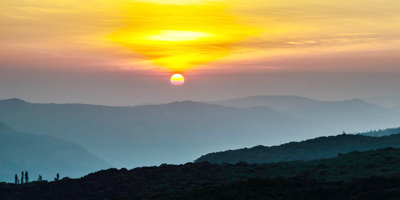 wilson-point-sunrise-point-mahabaleshwar-India